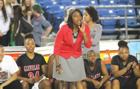 Lady Eagles head coach leaves for Oregon