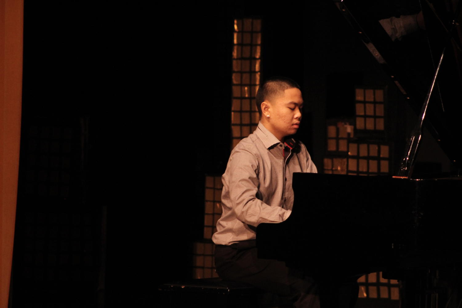 Sophomore Jaelon Mendoza plays the piano during Cleveland's 3rd Annual Seattle's Got Talent showcase on Jan. 19.